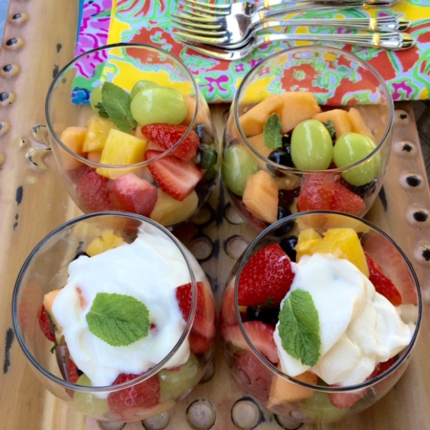 #EssentialCocktail Honey Rum Fruit Salad #youngliving #essentialoils #yleo